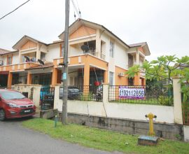 (End Lot Ground Floor) Town House Seri Pristana, Sungai Buloh